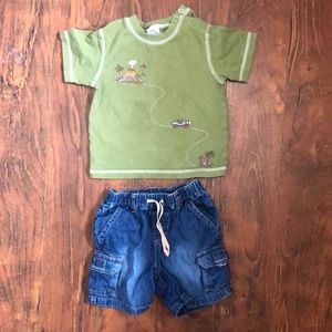 Gymboree 12-18 month Boys t-shirt and shorts.